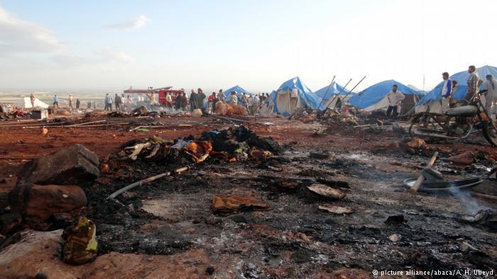 В итоге обстрела лагеря беженцев вСирии погибли 30 человек
