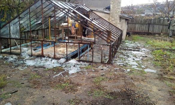 Штаб АТО продемонстрировал ужасные последствия обстрела поселка Виноградное