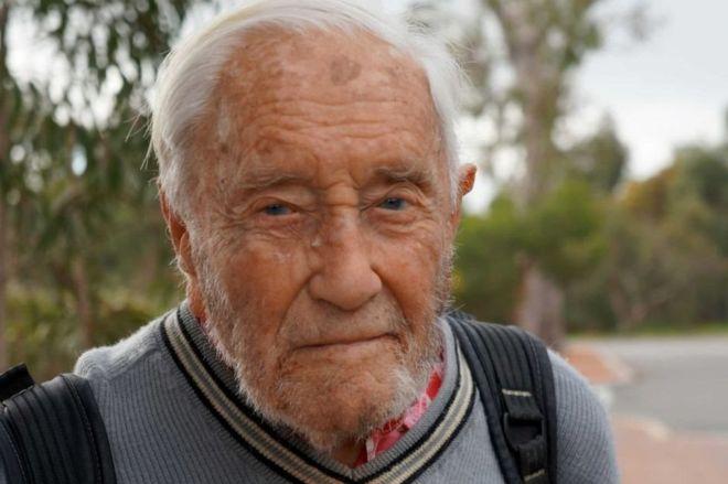 ВАвстралии 102-летний профессор достиг права продолжать работать вуниверситете
