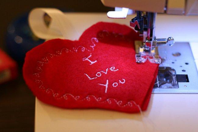 День Святого Валентина запретили праздновать вПакистане
