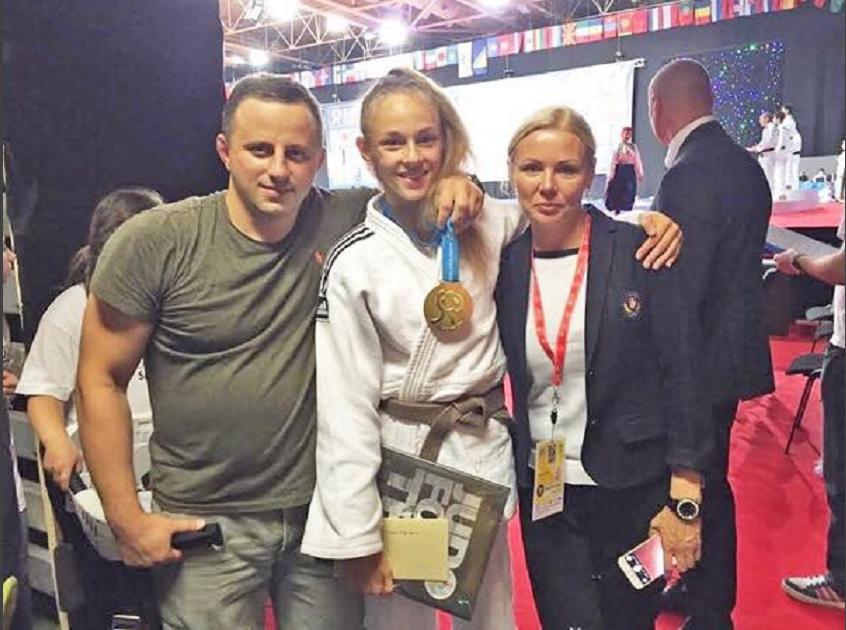 Россиянка Долгова завоевала серебро чемпионата Европы