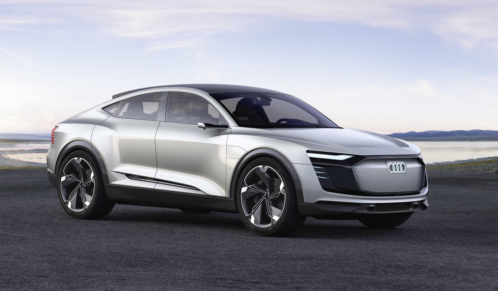 Ауди готовит конкурента бюджетному электрокару Tesla Model 3
