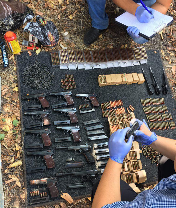 Вцентре Мариуполя отыскали украденное в 2014-ом году оружие Нацгвардии