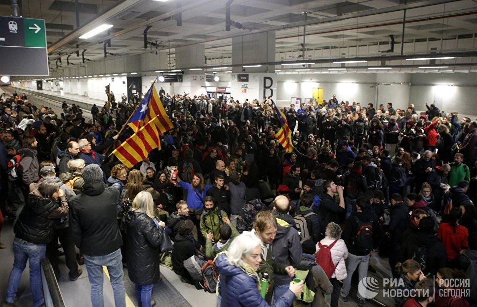 Резолюция онезависимости Каталонии аннулирована