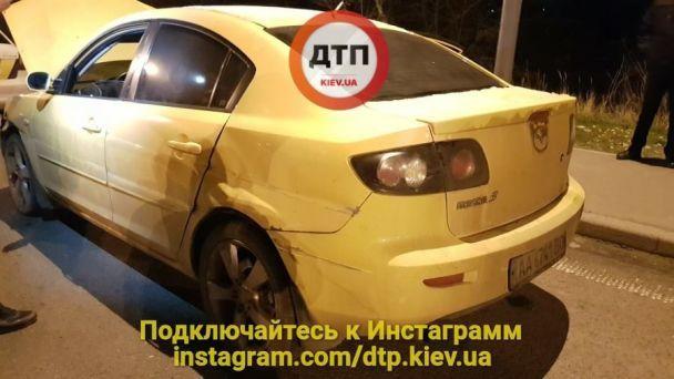 Погоня вКиеве: милиция задержала угонщиков на Мазда 3