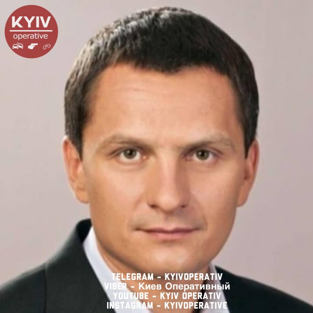 В Киеве бывший депутат поджег автомобиль жены и квартиру с детьми