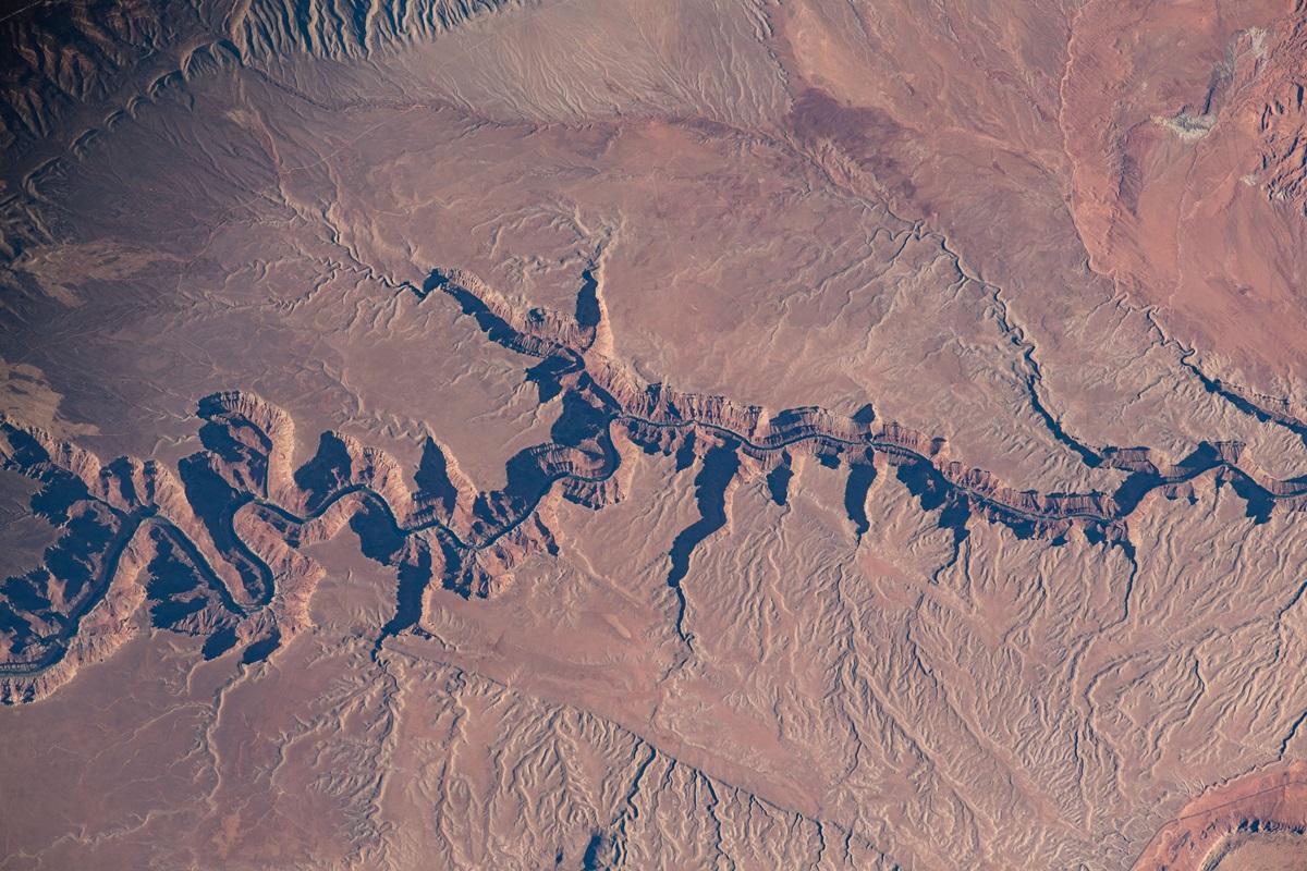 Вид планеты с борта МКС