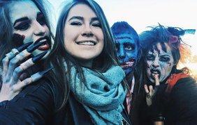 Пара зомби прогулялась по улицам Одессы. Facebook/anastacia.burilenko