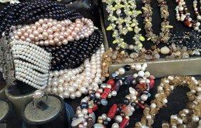 Россияне скупают жемчуга в Сирии. Фото facebook/bochkala