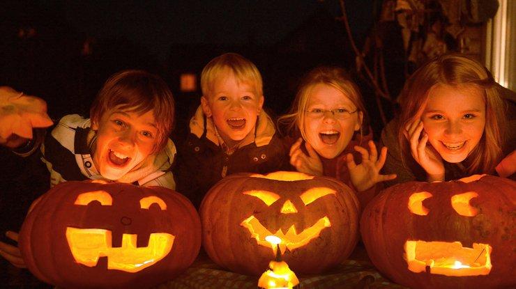 Хеллоуїн люблять діти і дорослі по всьому світі