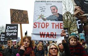 В центре Лондона прошли митинги против участия Великобритании в войне в Сирии