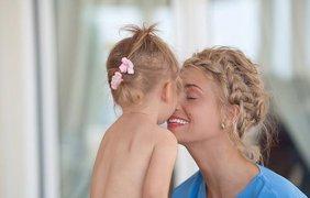 """""""А у нас любовь"""", - подписала фото звездная мама"""