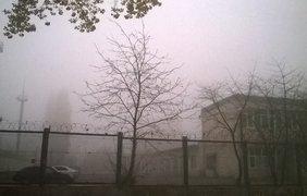 Киев окутал мощнейший туман