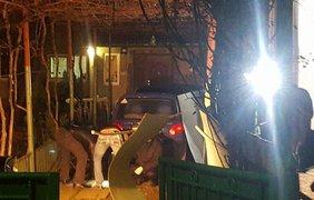 В Ужгороде мощнейший взрыв разорвал стену магазина. Фото: Николай Пастухов