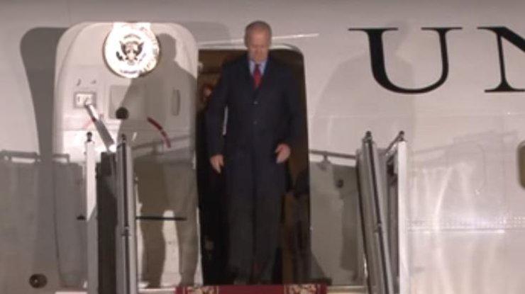 В Киев прилетел вице-президент США Джо Байден