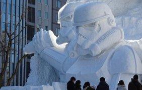 Гигантские снежные штурмовики в Японии 2