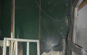 От взрывной волны вылетели окна в самом доме и во дворе 9