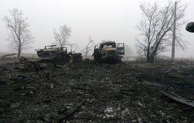 Украинские артиллеристы бьют по террористам на местах хранения, ремонта боевой техники 1