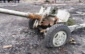 Украинские артиллеристы бьют по террористам на местах хранения, ремонта боевой техники 7