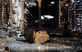 Бойцы удерживают Крымское под обстрелами