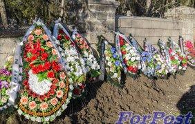 Сын Януковича похоронили в Севастополе