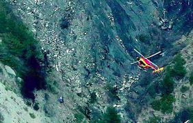 Спасатели обнаружили обломки А320 и черный ящик. Фото - AirLive.net
