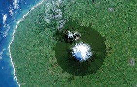 Новая Зеландия. Контраст показывает границы национального парка Эгмонтон