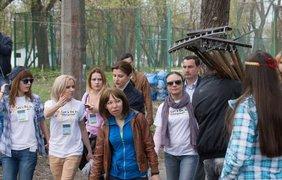 Марина Порошенко убралась на Трухановом острове. Фото Facebook/Петр Порошенко