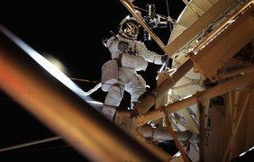 Астронавты в космосе