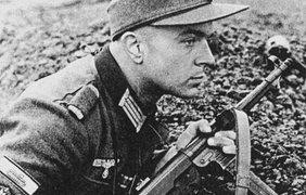 """""""Шмайсер"""" использовался нацистами во время 2-й мировой войны."""