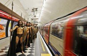 Пассажиров шокировало появление воинов
