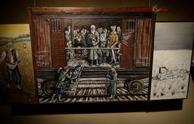 """Топ-тема событий в """"доме КГБ"""" - антитоталитарное искусство. фото - Мартиньш Отто"""