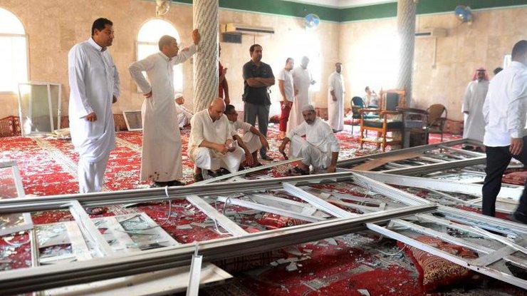В Саудовской Аравии число жертв взрыва в мечети