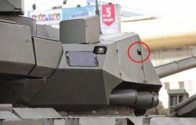 Картонные танки готовятся к параду