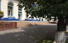 Из зданий эвакуируют людей. Фото: twitter/Hromadske_kh