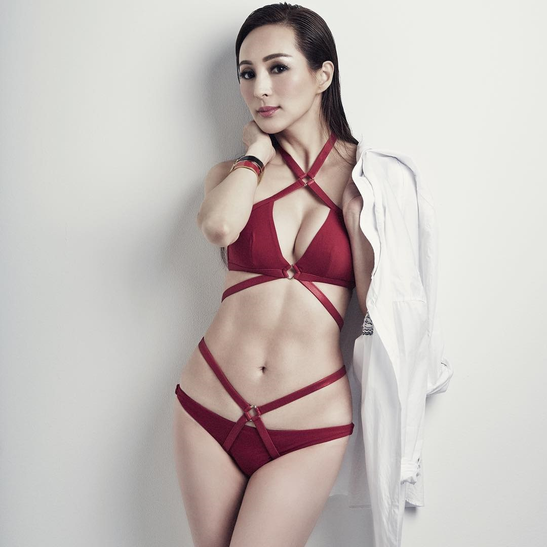 Фото сексуальные фигуры японок фото 117-720