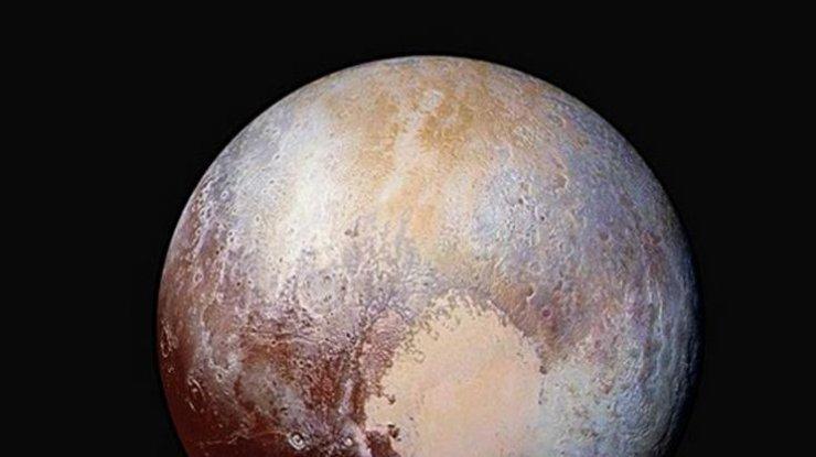 Под поверхностью планеты Плутон могут быть жидкие океаны