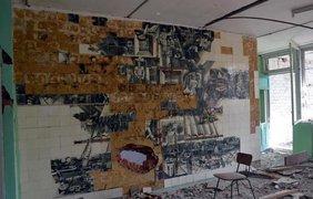Разрушенный после обстрелов поселок Широкино