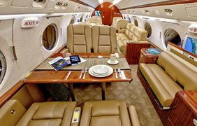 Gulfstream V Джима Кэрри за 59 миллиона долларов. Источник: Novate