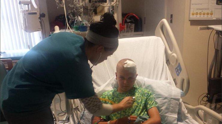 Пострадавший 12-летний мальчик доставлен в больницу. Twitter  radychildrens
