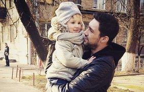 Олег кензов жена и ребенок фото