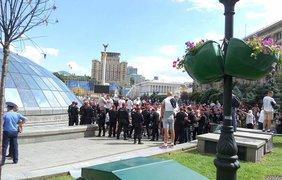 Польские болельщики устраивают беспорядки в центре Киева