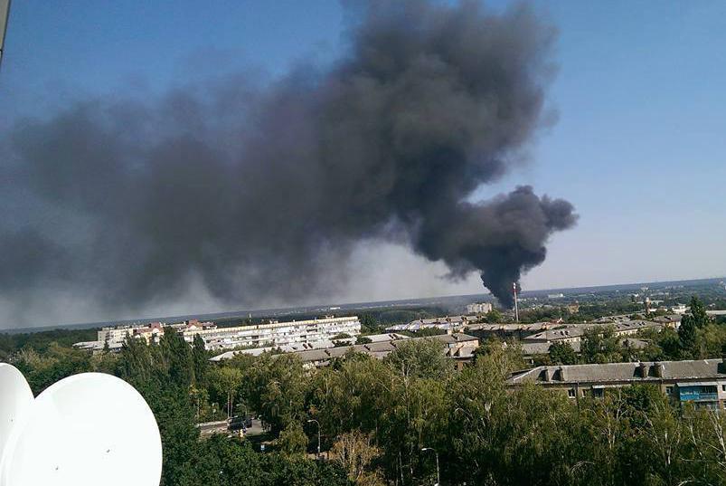 Склад с горючими материалами горит в Буче под Киевом: одна из емкостей взорвалась, - ГосЧС - Цензор.НЕТ 942