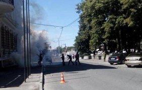 Правый сектор напал на офис Добкина
