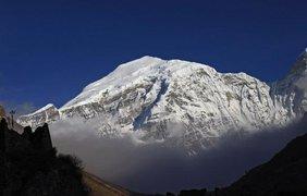 Гангкхар Пуенсум - самая высокая из непокоренных вершин мира. Вконтакте/vkscience