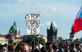 Митинги в Европе