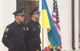 Новый председатель харьковской полиции Евгений Мельник (справа). Twitter/Hromadske_kh