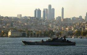 Корабли с техникой и солдатами выходят из Севастополя