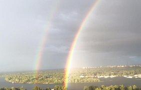 Радуга была видна практически во всех районах столицы. Facebook/ Виталий Сыч