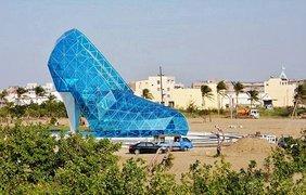 Церковь в виде огромной туфельки